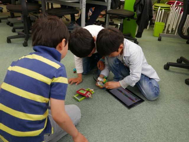 4月23日プログラミング教室の様子2